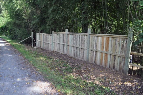 County Proposes $1 3 Million for Purple Line Fence-Removal