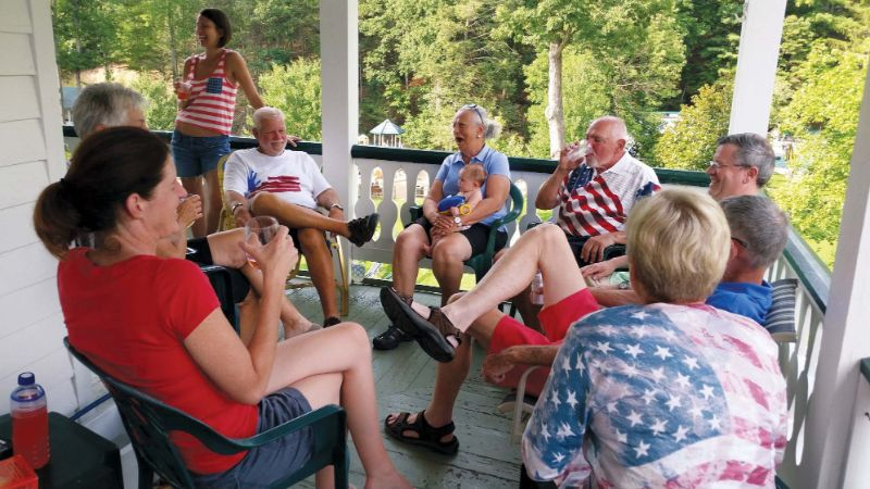 july-4th-group-porch