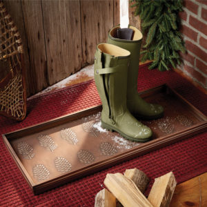 Pinecone-Boot-Tray