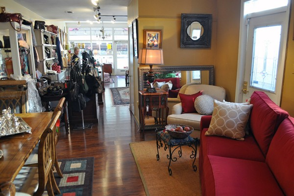 Sbw Consignment Shop With A Traditional Style Bethesda Beat Bethesda Md