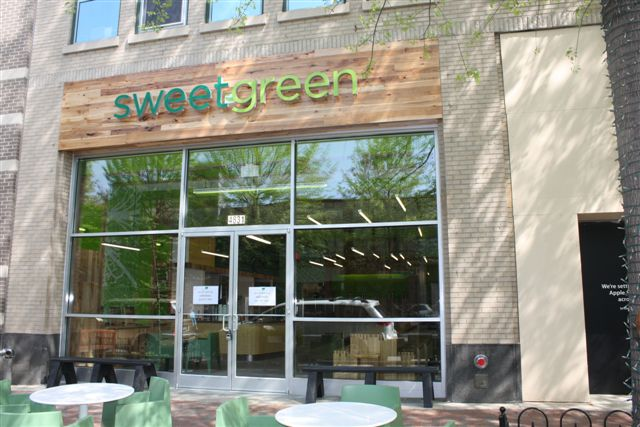 Small bites sweetgreen bethesda to close for renovations for Passion fish bethesda