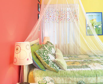 Adele Carnemark's yellow bedroom makes her feel like a princess.