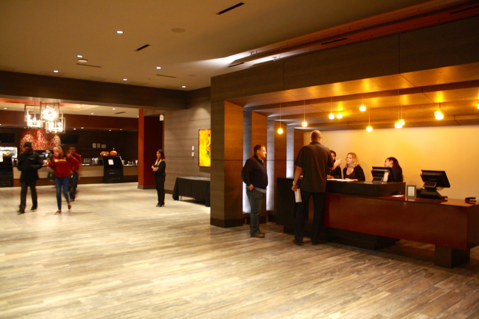 Ipic Brings Luxury Movie Theater Experience To Pike Rose