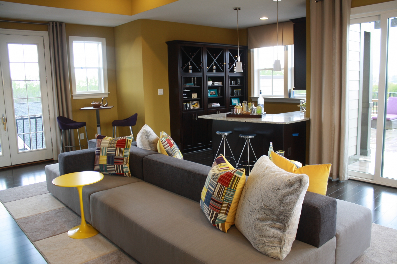 The Fourth Floor Lounge And Wet Bar Inside Model Home