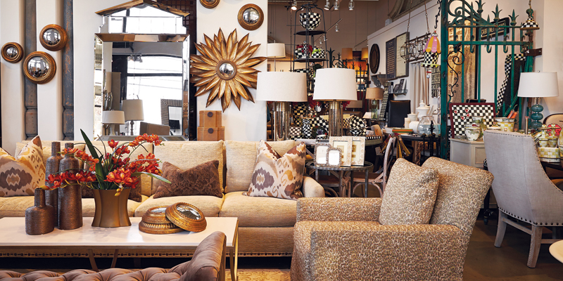 Whether It S Through An Eye Catching Light Fixture Or Unexpected Splash Of Color A Good Interior Designer Has Knack For Making Room Feel Unique And